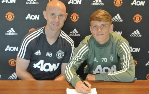 Teenager signs deal with the Reds